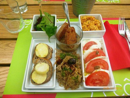 A Cote - Restaurant Pierrade : Assiette composée : Côté sud (façon tapas)