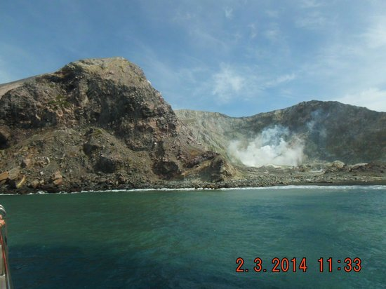 White Island Volcano: view from the boat