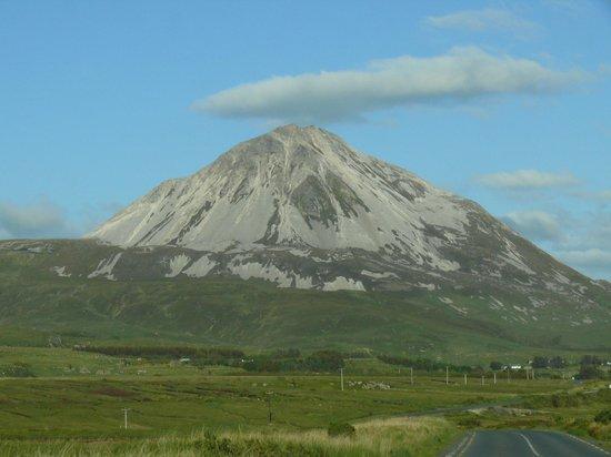 Glencairn House: mount errigal