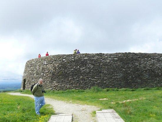Glencairn House: grinian aileach