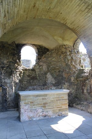 St. Augustine's Abbey: One of the Alters