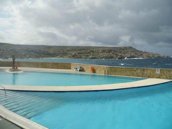 Paradise Bay Resort Hotel: baseny zewnętrzne