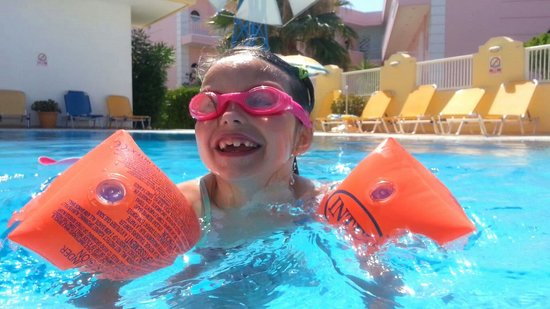 Cosmi Apartments: This place makes kids smile