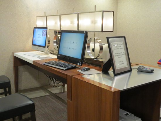 Hilton North Raleigh/Midtown: Connectivity rooms