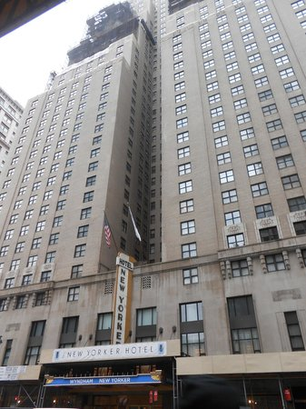 The New Yorker A Wyndham Hotel: Outside View