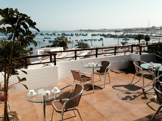Hotel Gran Palma: Breakfast terrace overlooking the ocean