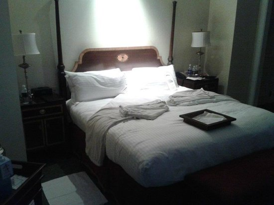 Hermitage Hotel : Bed