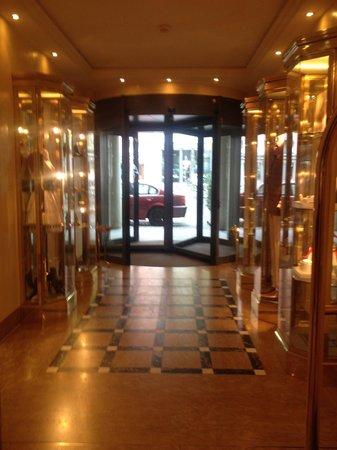 Storchen Zurich : Reception hall.