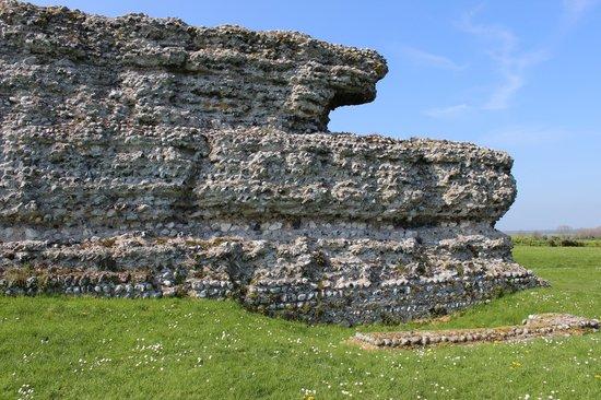 Richborough Roman Fort and Amphitheatre: The massive walls