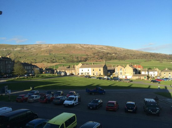 Kings Arms Hotel: room view