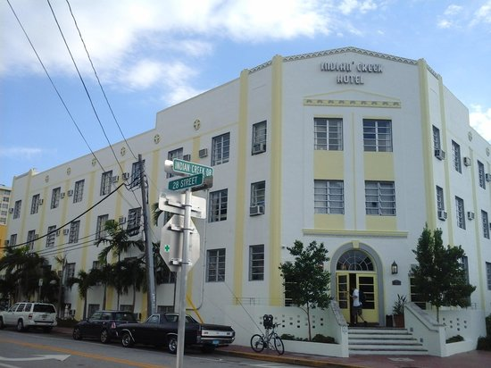 Freehand Miami: O Freehand Hostel (Antigo Indian Creek Hotel)