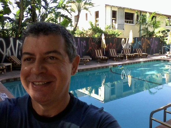 Freehand Miami: Depois de um dia cansativo, a melhor opção é o barzinho que fica ao lado da piscina!
