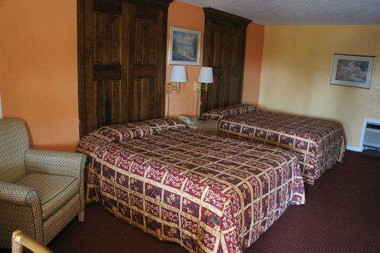 Sunset Inn: 2 Queen Bed