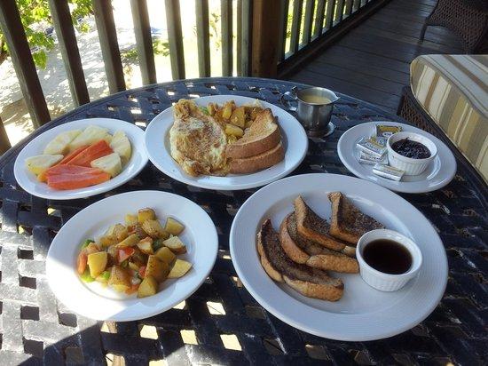Westender Inn: Breakfast on our balcony
