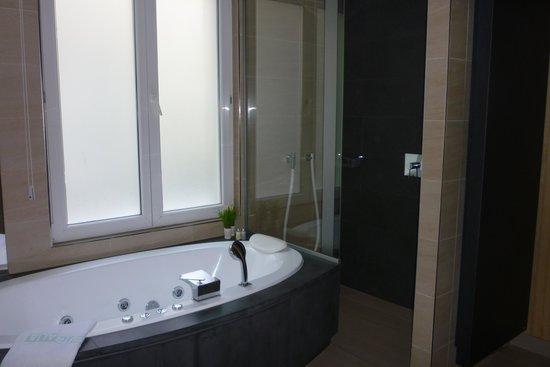 Vakantiecentrum Neutralia: salle de bain
