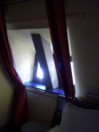 Exclusive Hotel Baumann - Maison Kammerzell : Fenêtre chambre