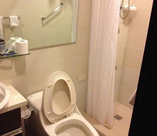 The A.Venue Hotel: Não muito espaço, mas com o necessário
