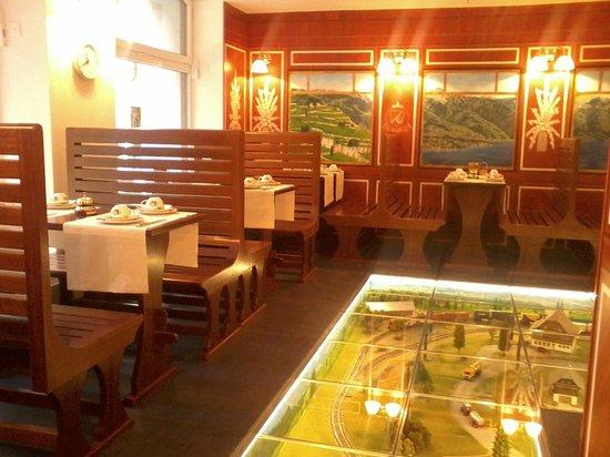 Hotel AlaGare: Уникальное место для завтраков