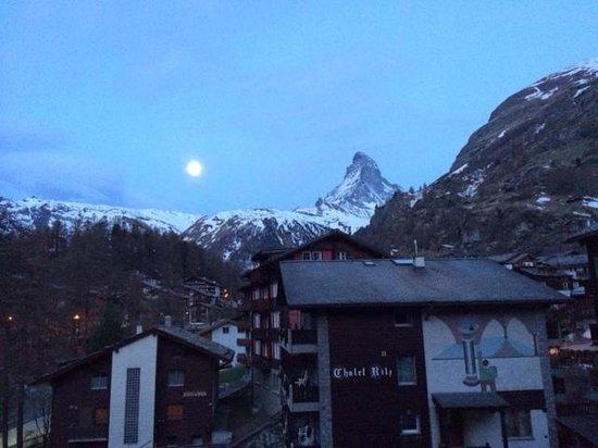 Allalin Swiss Alpine Hotel: 5.30am