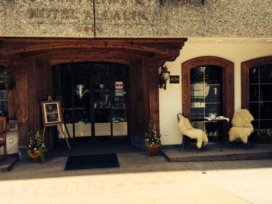 Allalin Swiss Alpine Hotel: Lovely spot for a cuppa