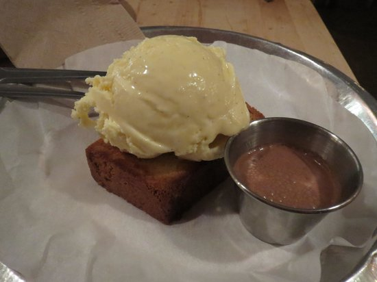Bull City Burger and Brewery : Pound Cake with vanilla ice cream