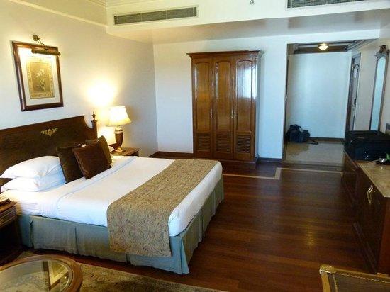 Radisson Hotel Jalandhar : club bedroom