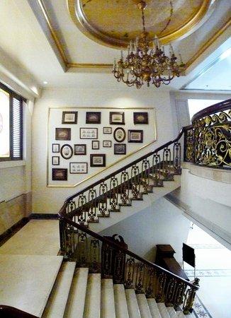 Radisson Hotel Jalandhar : stairway