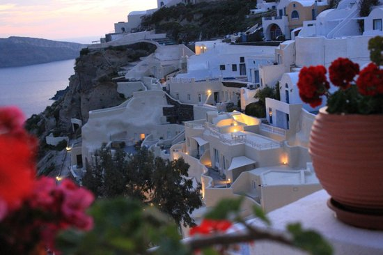 Alexander's Boutique Hotel of Oia: views from the balcony