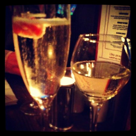 Brasserie Sixty6 : lovely evening enjoying some bubbly