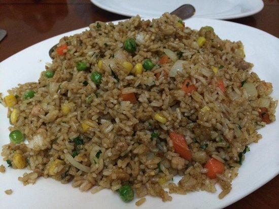 Sentai Seafood Restaurant: Chicken and shrimp fried rice with almost no ck or sh