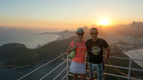 Hotel Astoria Palace: Great views over the Copacabana from Sugar loaf during sunset !!!