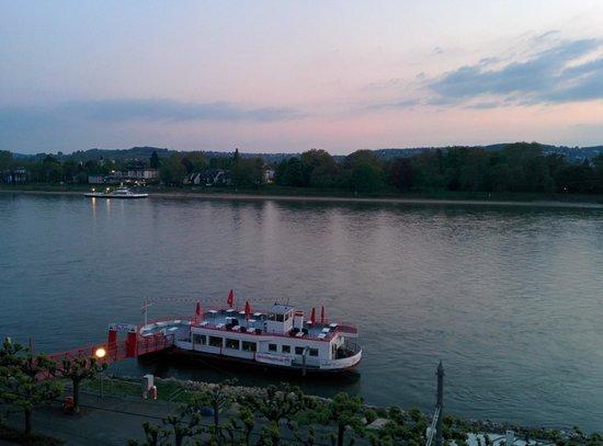 Rheinhotel Loreley: Abenddämmerung #1