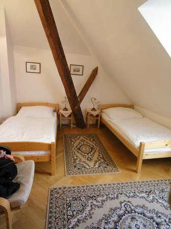 The Green Garland Pension : Bedroom