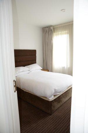 Waterford Castle Hotel & Golf Resort : Bedroom