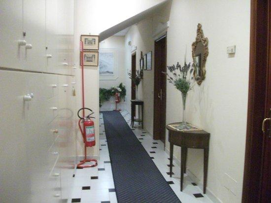 Hotel Il Nido: Corredor para os quartos