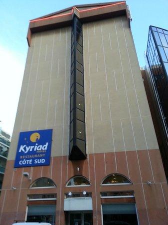Hotel Kyriad Nice Port: FACCIATA HOTEL
