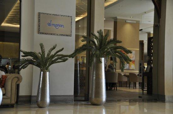 DoubleTree by Hilton Resort & Spa Marjan Island: Al Marjan Restaurant