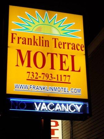 Franklin Terrace Motel: Sign
