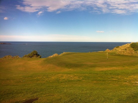 Chisholm Links: the headland with number 9 green