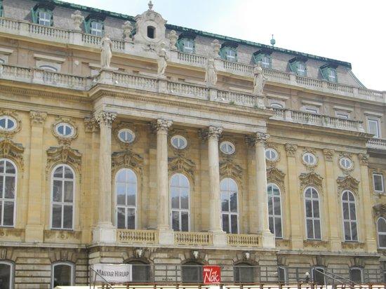Budapest History Museum: frente