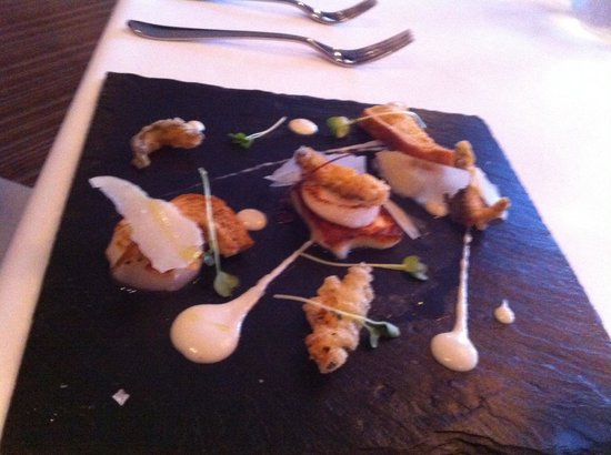 The Mount Somerset Hotel: Scallops starter