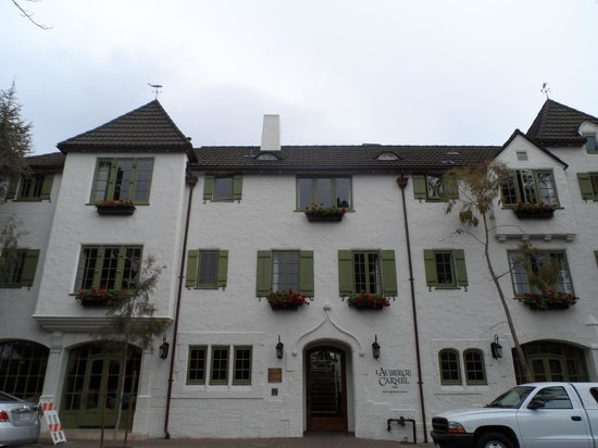L'Auberge Carmel: Fachada Hotel