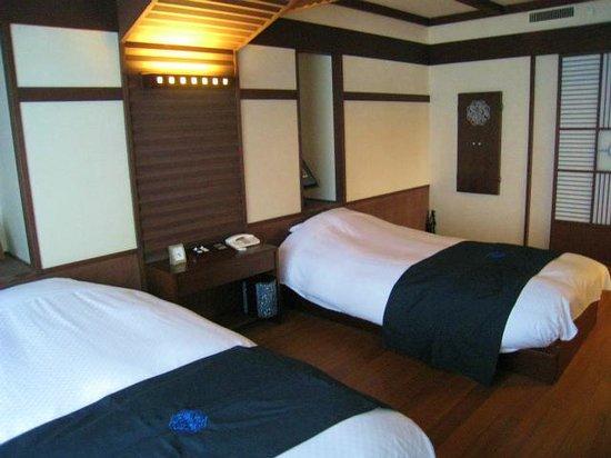 Hinanoza : 寝室
