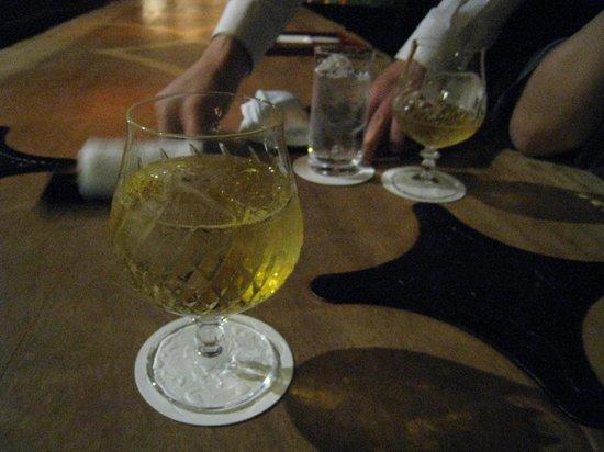 Hinanoza : bar