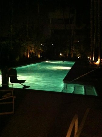 Embassy Suites by Hilton Brea - North Orange County: Pool (wheelchair accessible)