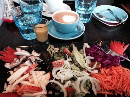 The French Cafe: Strange combination for a salad