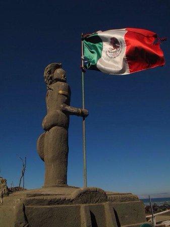 Monalisa Beach Resort: Character, and Mexican flair
