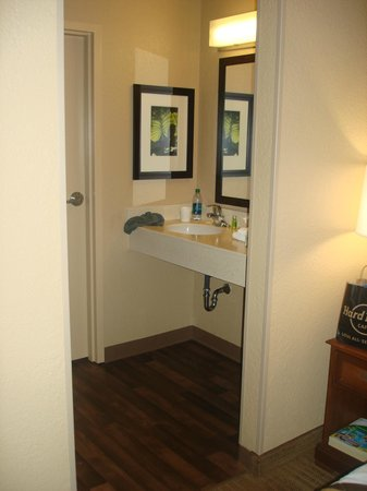 Extended Stay America - Orlando - Convention Ctr - 6443 Westwood: Banheiro