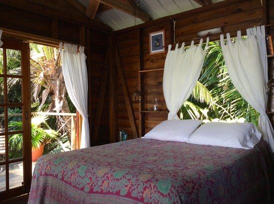 Off The Wall Dive Center & Resort: Angelfish Cabana