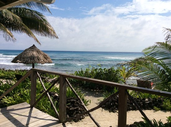 Off The Wall Dive Center & Resort: Ocean view from Angelfish Cabana